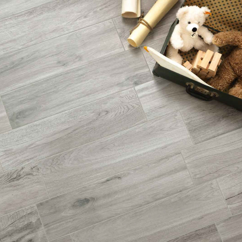 Carrelage sol antid rapant norway gris carrelage for Carrelage imitation parquet gris