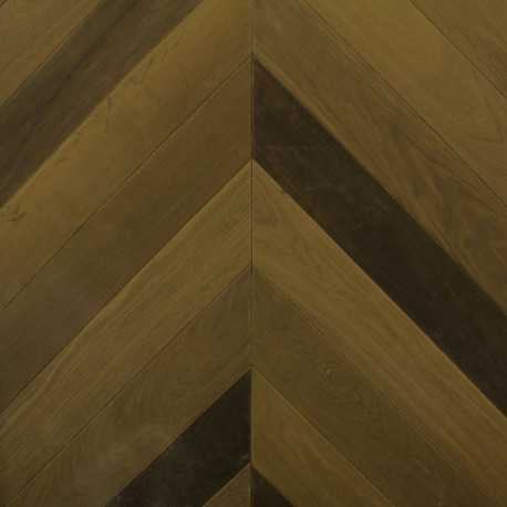 parquet massif point de hongrie bagatelle ch ne parquet vernis. Black Bedroom Furniture Sets. Home Design Ideas